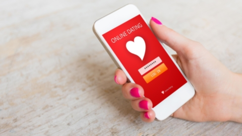 online dating mustavalkoinen
