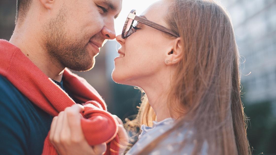 paras dating spots Dubaissa