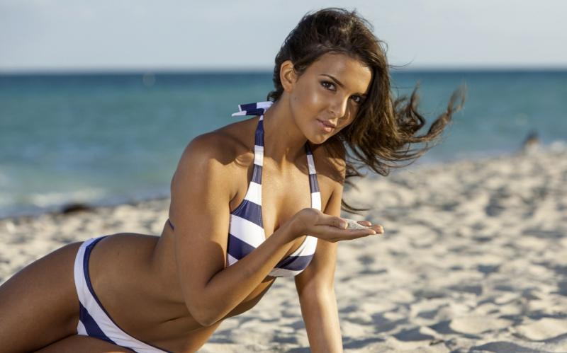Tässä ovat maailman seksikkäimmät naiset – katso kuumat kuvat!